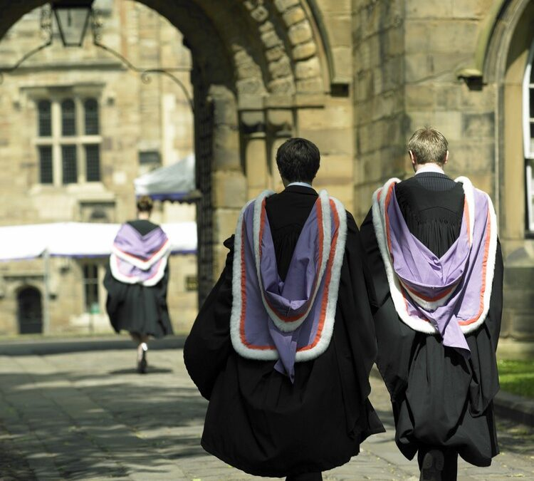 New Year? Make a New Start in the UK to Study Law!